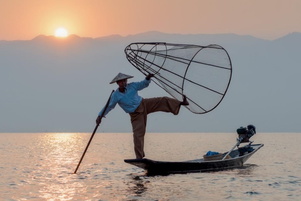 Burma-Fish-Grace-2.1300-118-1024x684